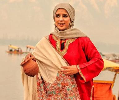 J&K Handicrafts Dept ropes in 'Kral Koor' to help revive pottery in Kashmir valley