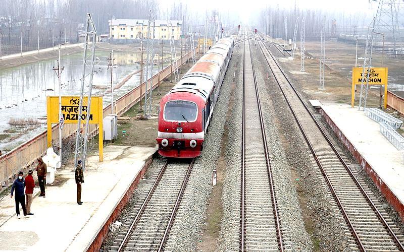 Kashmir rail service: 4 more trains from April 1