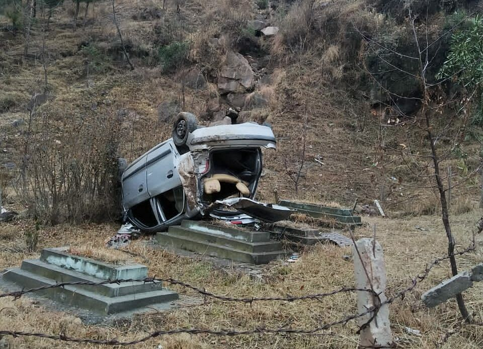 Two injured in road accident in J&K's Poonch