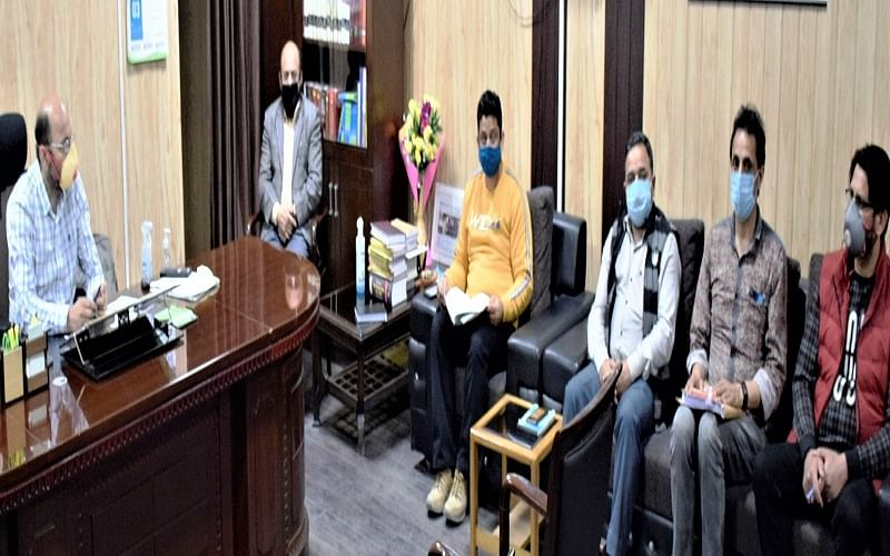 DC Ramban chairs emergency meeting to discuss COVID control measures