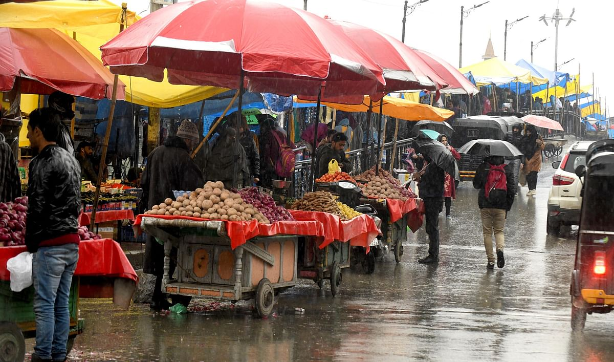 Night temperature rises amid wet weather forecast in J&K