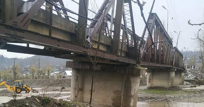 Crucial bridge damaged as water level rises by few inches in Mawer stream in Handwara