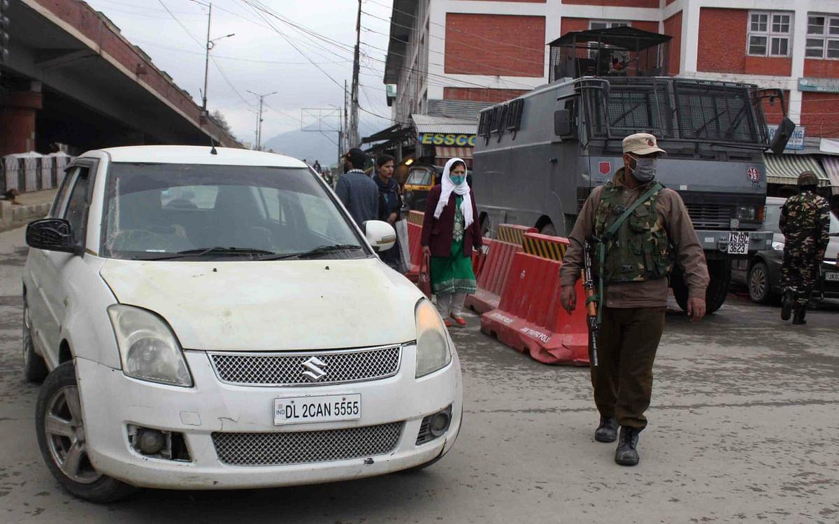 Re-registration  of outside vehicles: HC seeks govt response on contempt plea