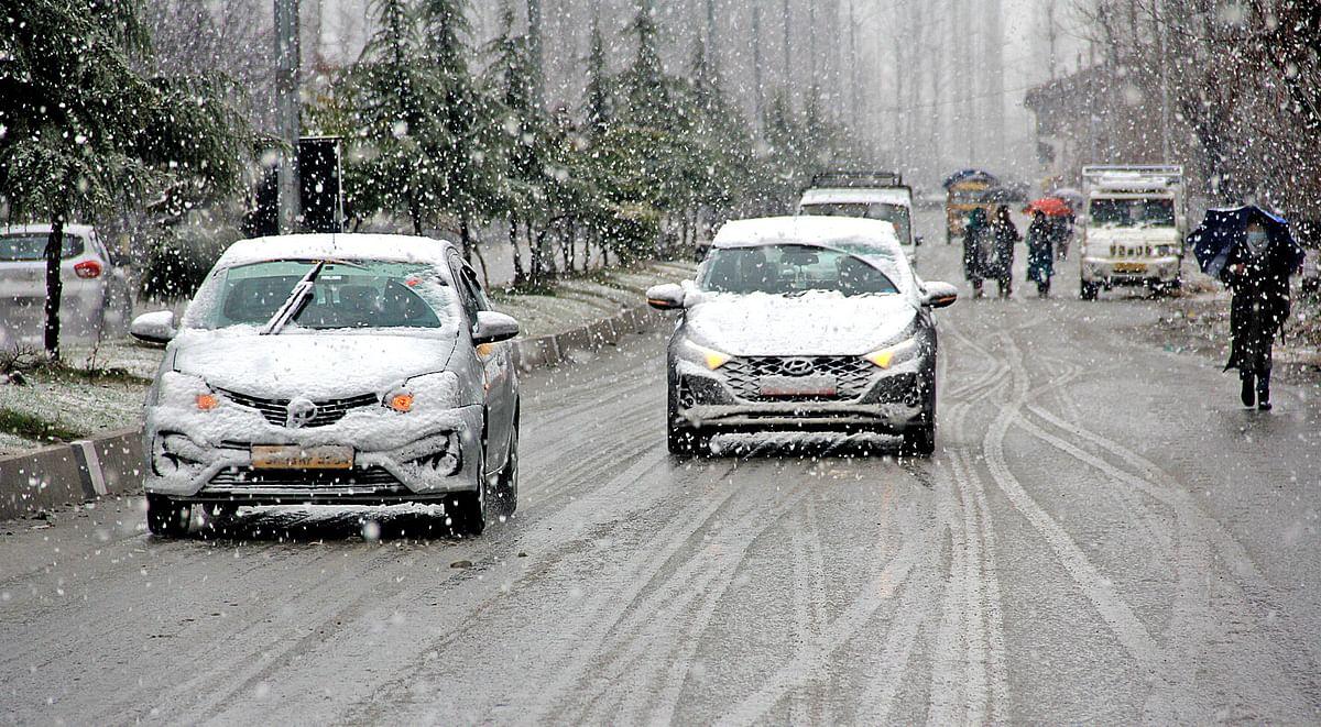 Fair to heavy rain, snow likely in J&K till March 24