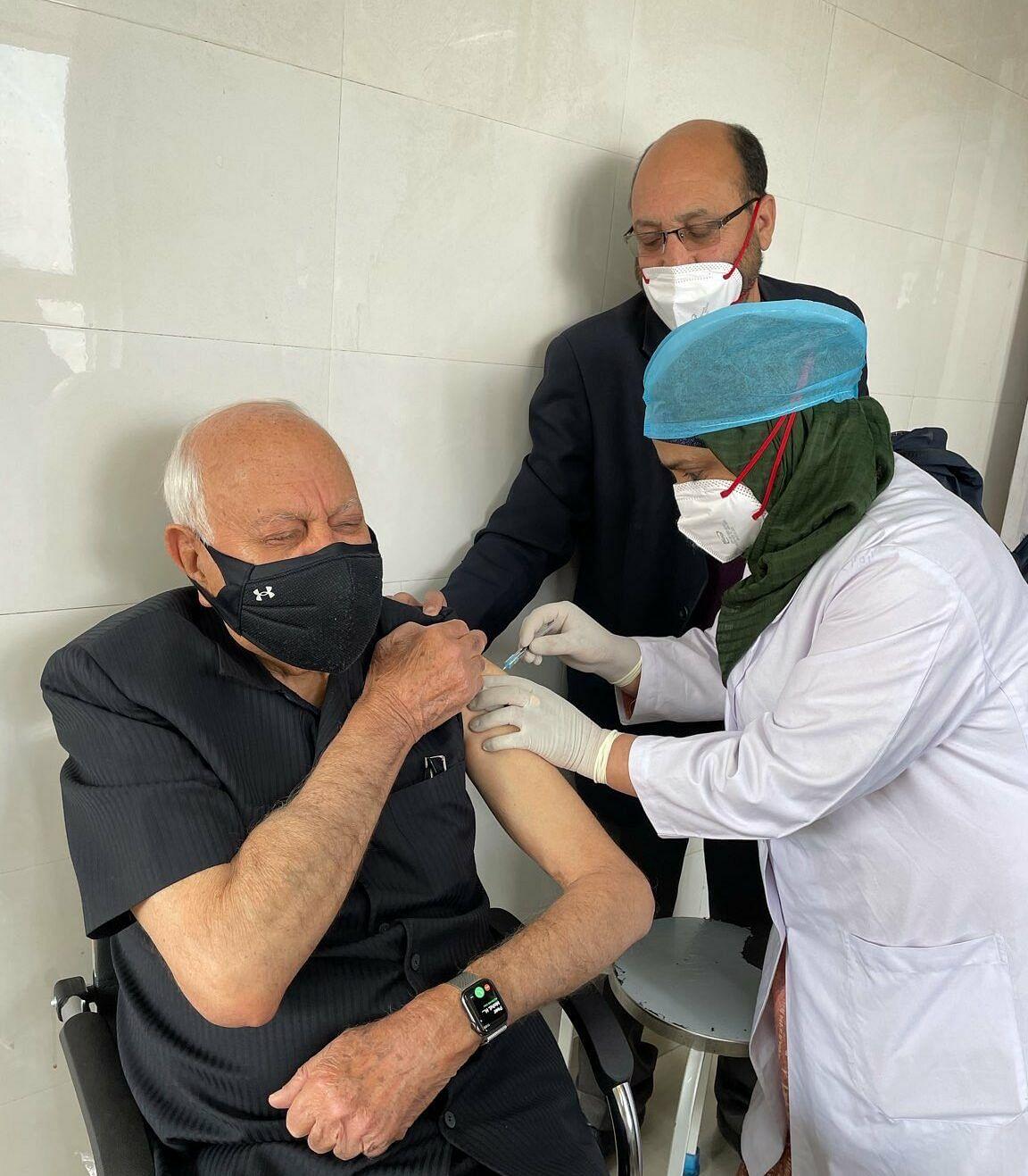 Farooq Abdullah, wife receive COVID-19 vaccine shots