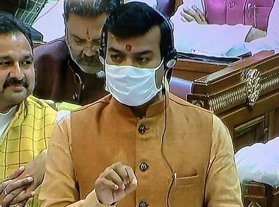 After objecting to 'Azaan', UP minister calls 'Burqa' an evil custom