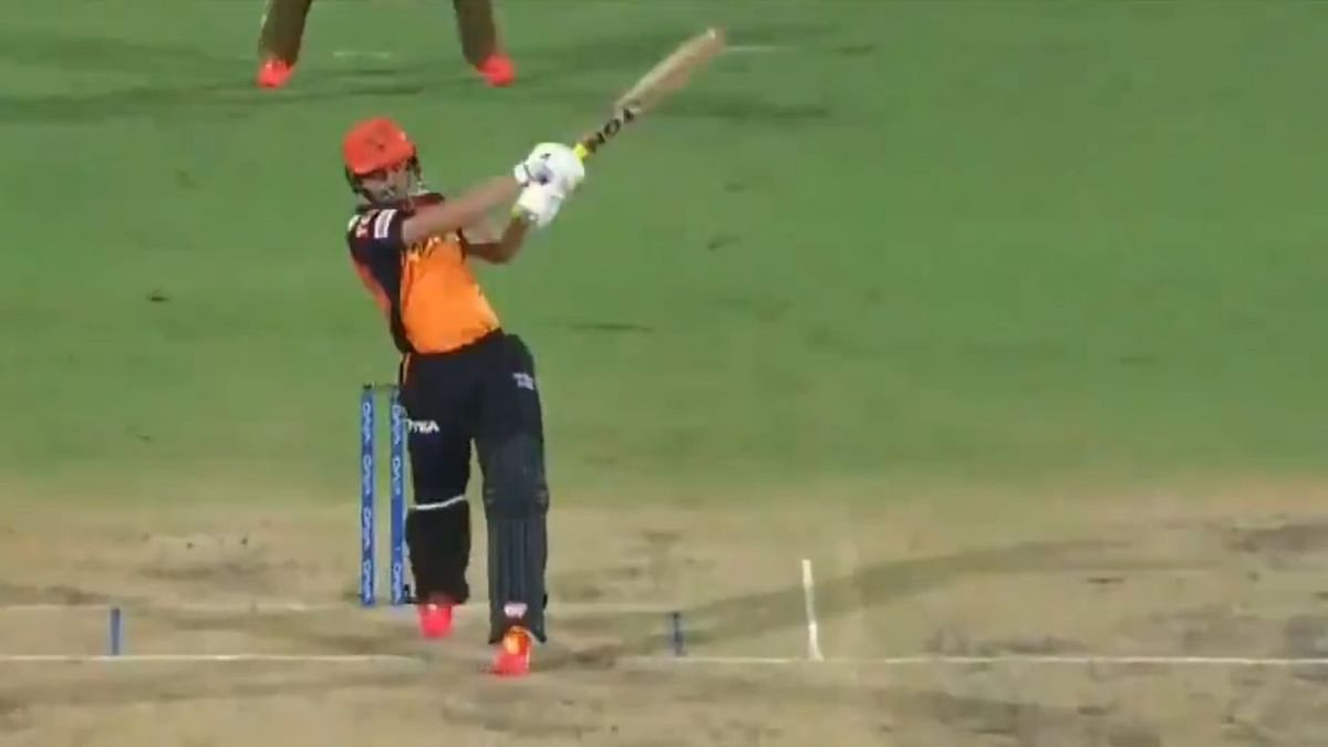 IPL 2021: Cricket world in awe of Abdul Samad's six hitting ability