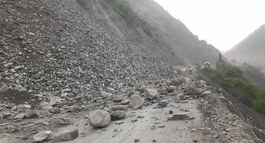 Jammu-Srinagar highway closed after fresh landslide in Ramban