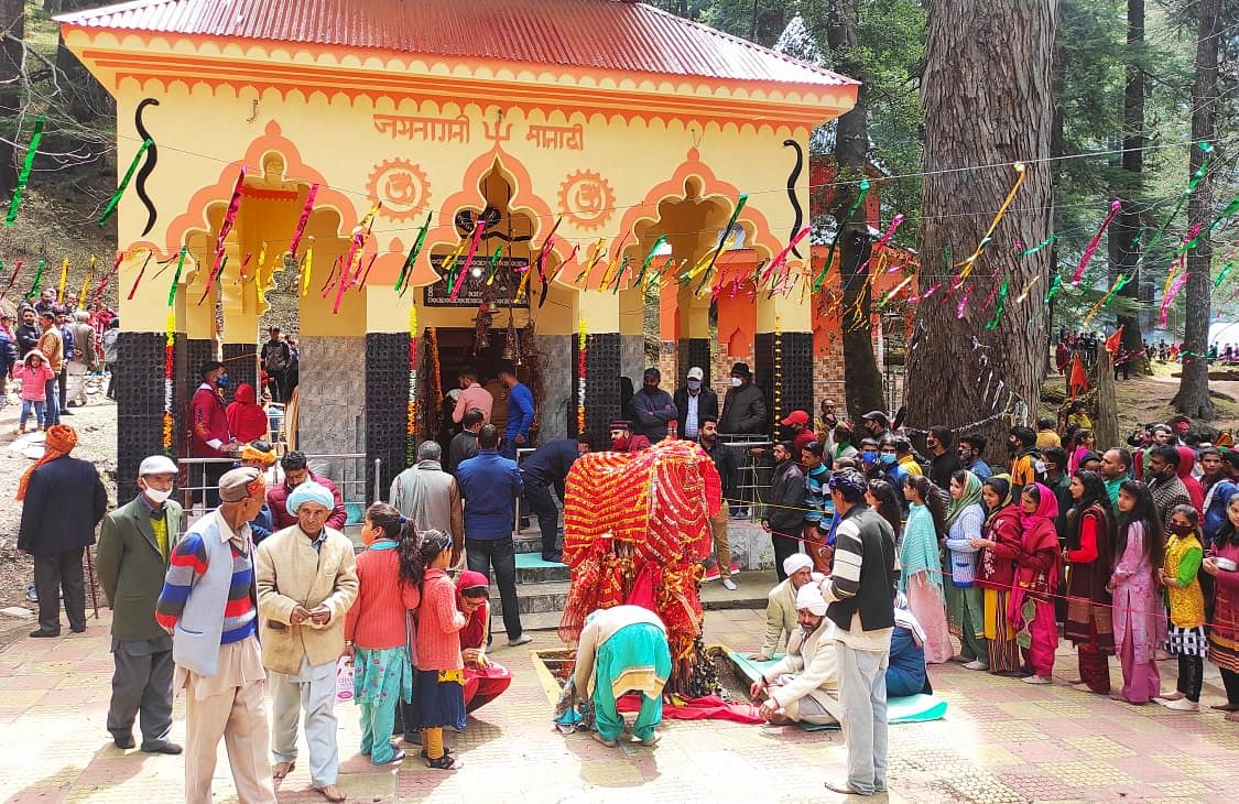 Hundreds converge at ancient Bhaderwah temple for Baisakhi celebrations