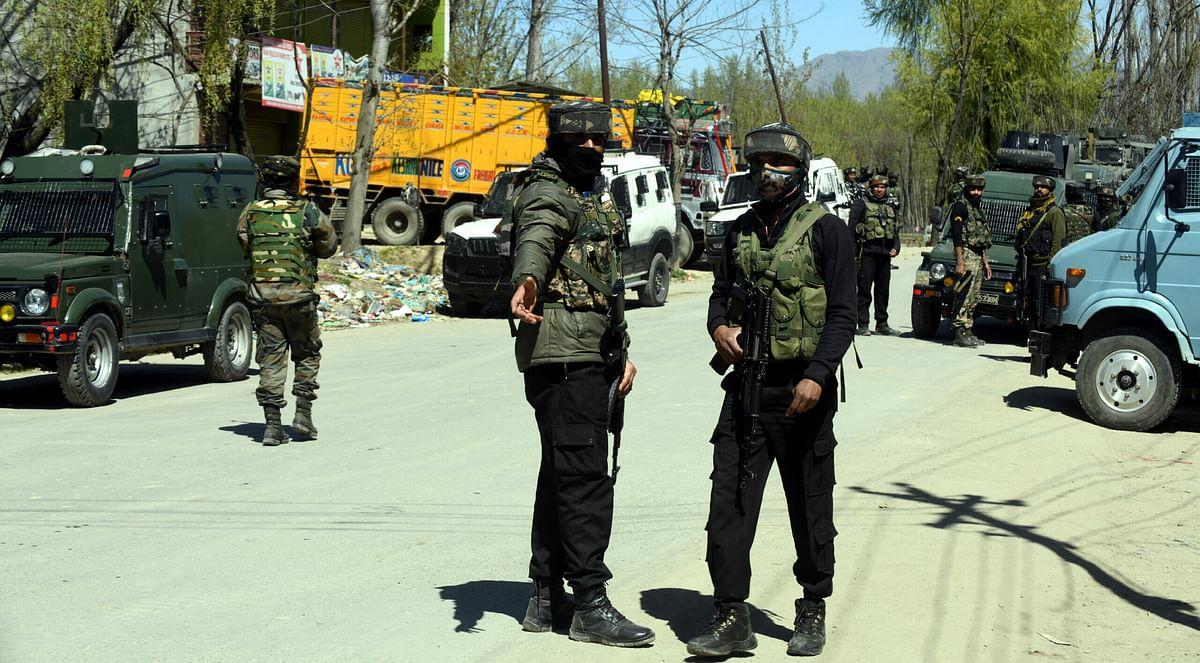 3 militants killed in Pulwama encounter, 13 civilians injured