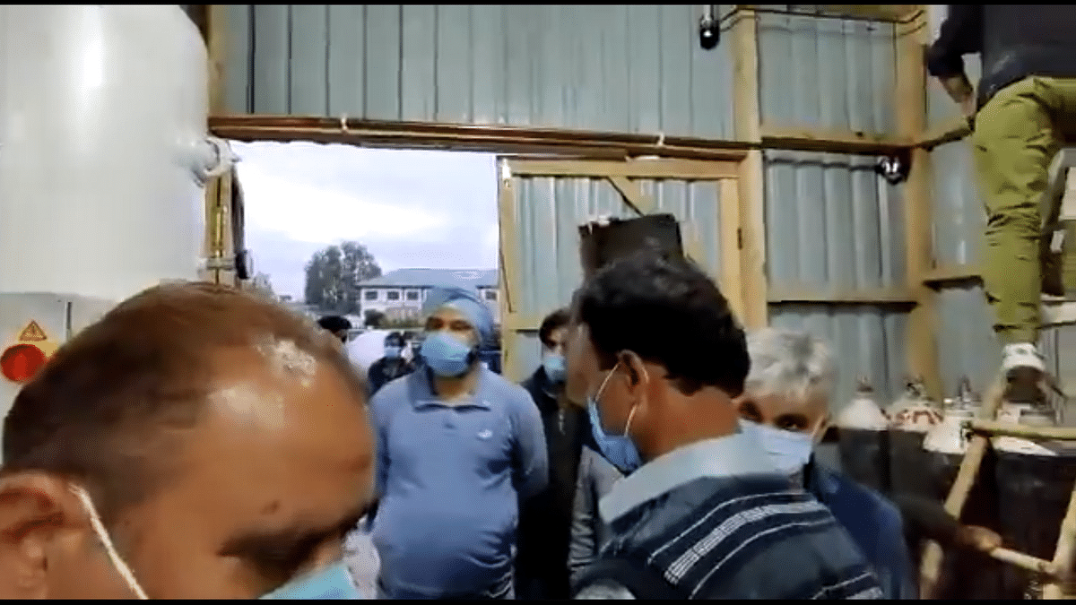 Trial run of 1000 LPM oxygen production facility at SMHS hospital Srinagar completed
