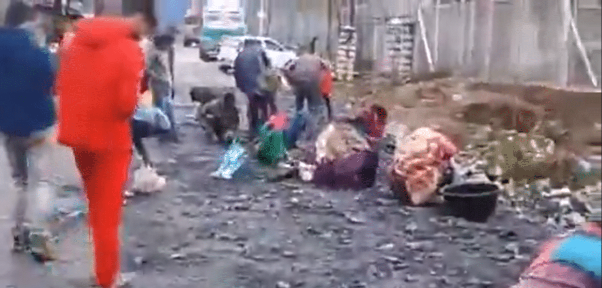 Mid-April fool: Non locals mistake lookalike mineral for gold in Ganderbal, video goes viral