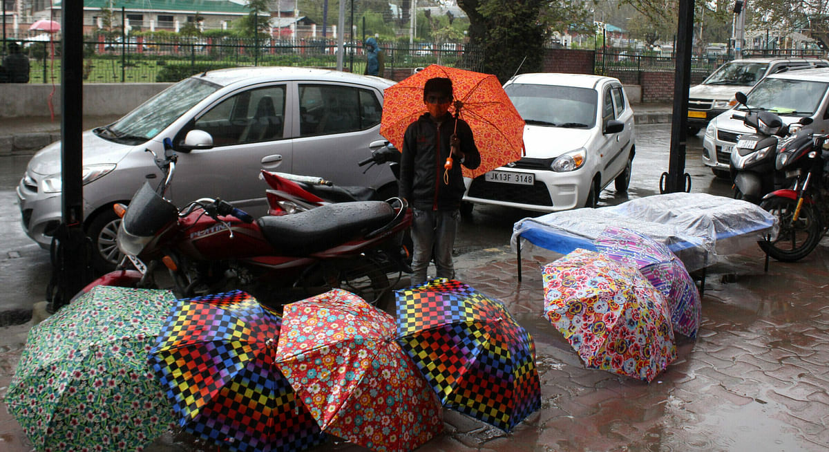 Weather improves in Kashmir, but more rain forecast