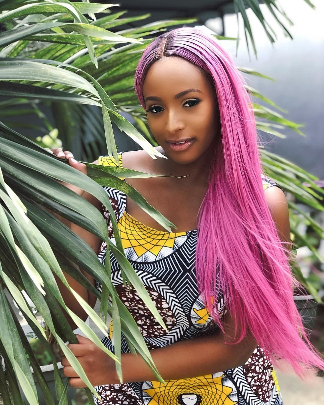 DJ Cuppy Claims To Be The First Nigerian To Own The New Samsung S10