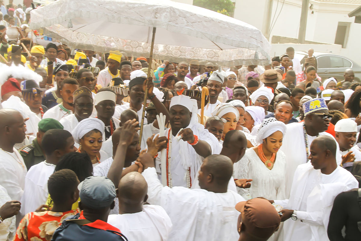 Ooni Performing the rites at the festival