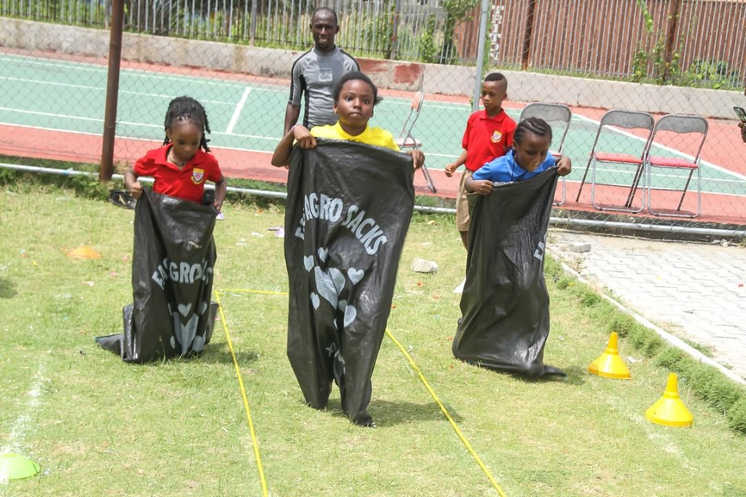Artville School Sack Race