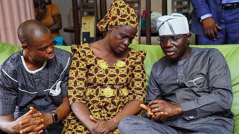 Babajide Sanwo-Olu with Kolade's parents