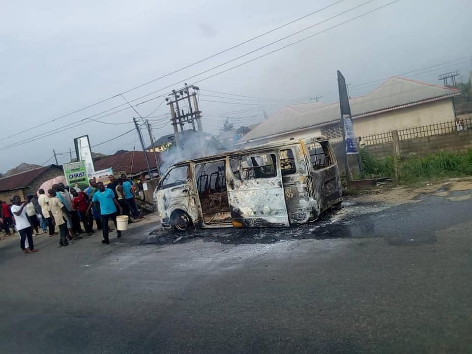 Bus Conveying Pupils From School Burnt Beyond Repair In Yenagoa.