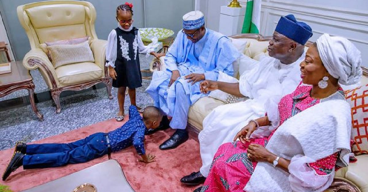 Ambode's family welcome Buhari to Lagos