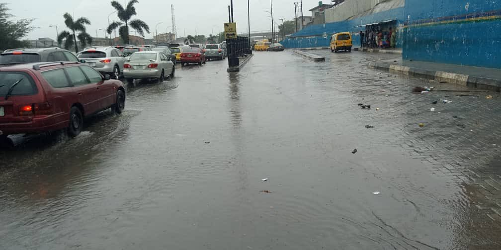 Heavy Downpour In Lagos Causes Major Traffic