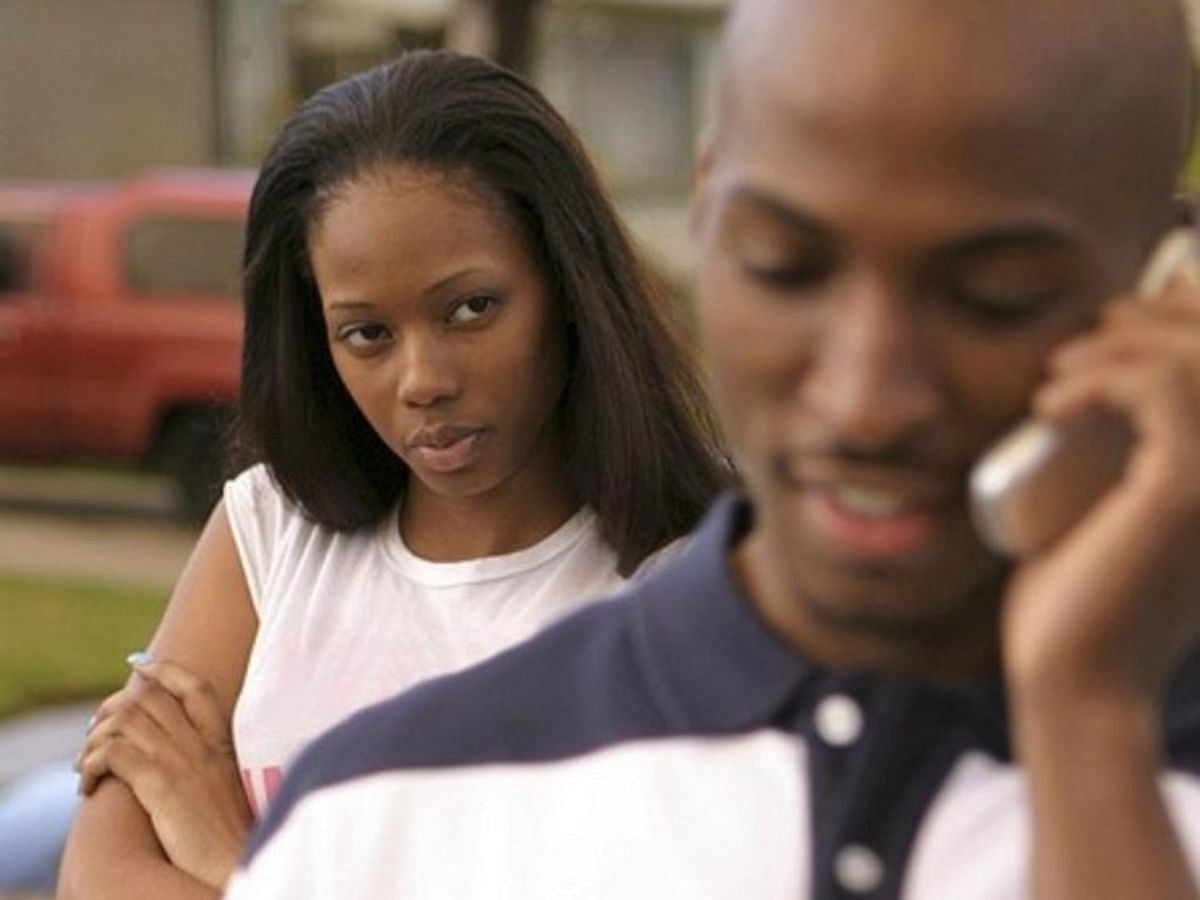 5 Signs Your Partner Is Cheating