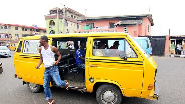 Watch Jeep Driver Turn A Danfo Driver Into A Punching Bag For Bashing His Jeep (Video)