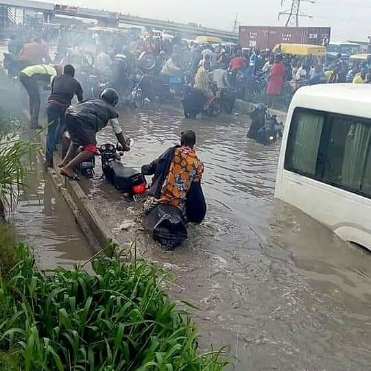 Commuters Grounds Deplorable Lagos-Badagry Expressway