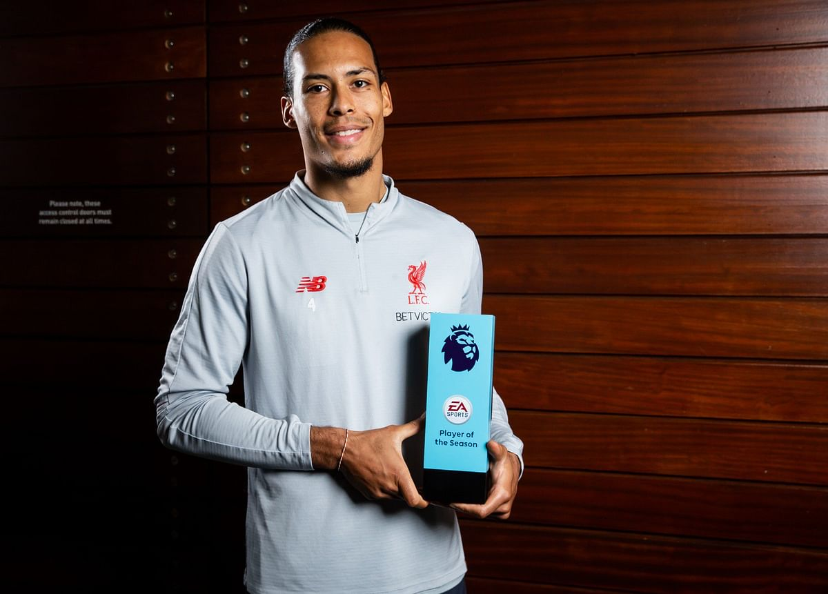 Virgil Van Dijk Wins Premier League Player Of The Season Award