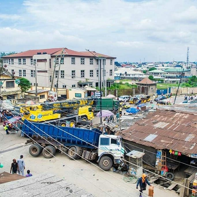 Truck Fails Break, Crashes Into Shops In Iyana-Isolo