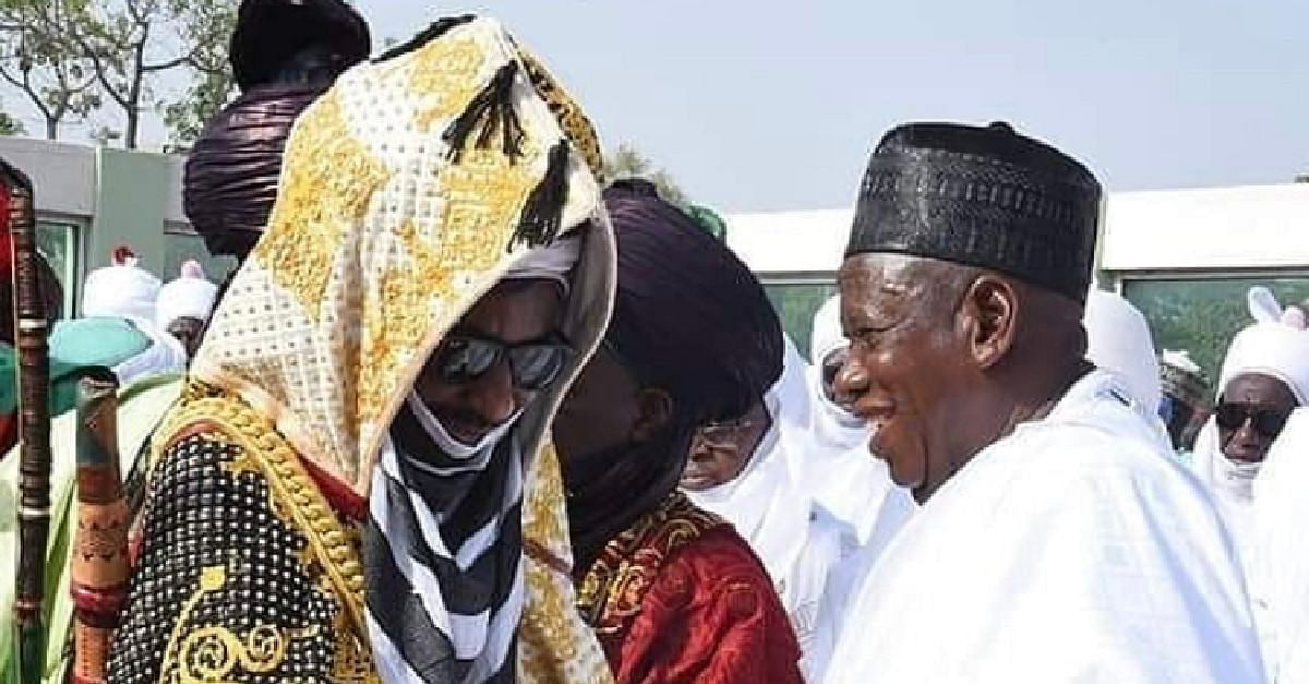 Ganduje, Emir Sanusi Shake Hands, Pray Together