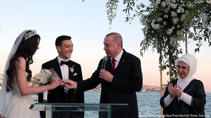 Arsenal Star, Mesut Ozil, Ties The knot In Istanbul