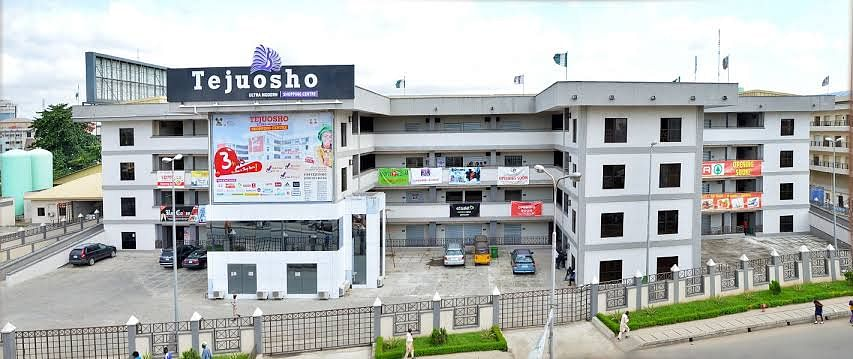 Tejuosho Mall in Yaba market.