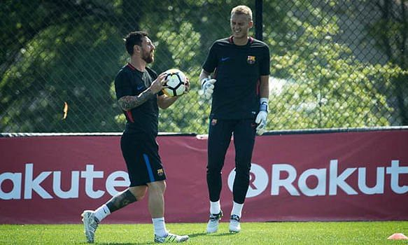 Messi Made Me Feel Inadequate About My Abilities - Jasper Cillessen