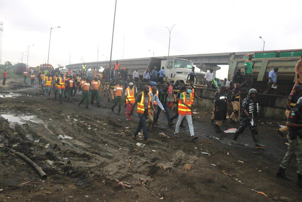 Lagos State Government Begins Demolition Of Illegal Structures