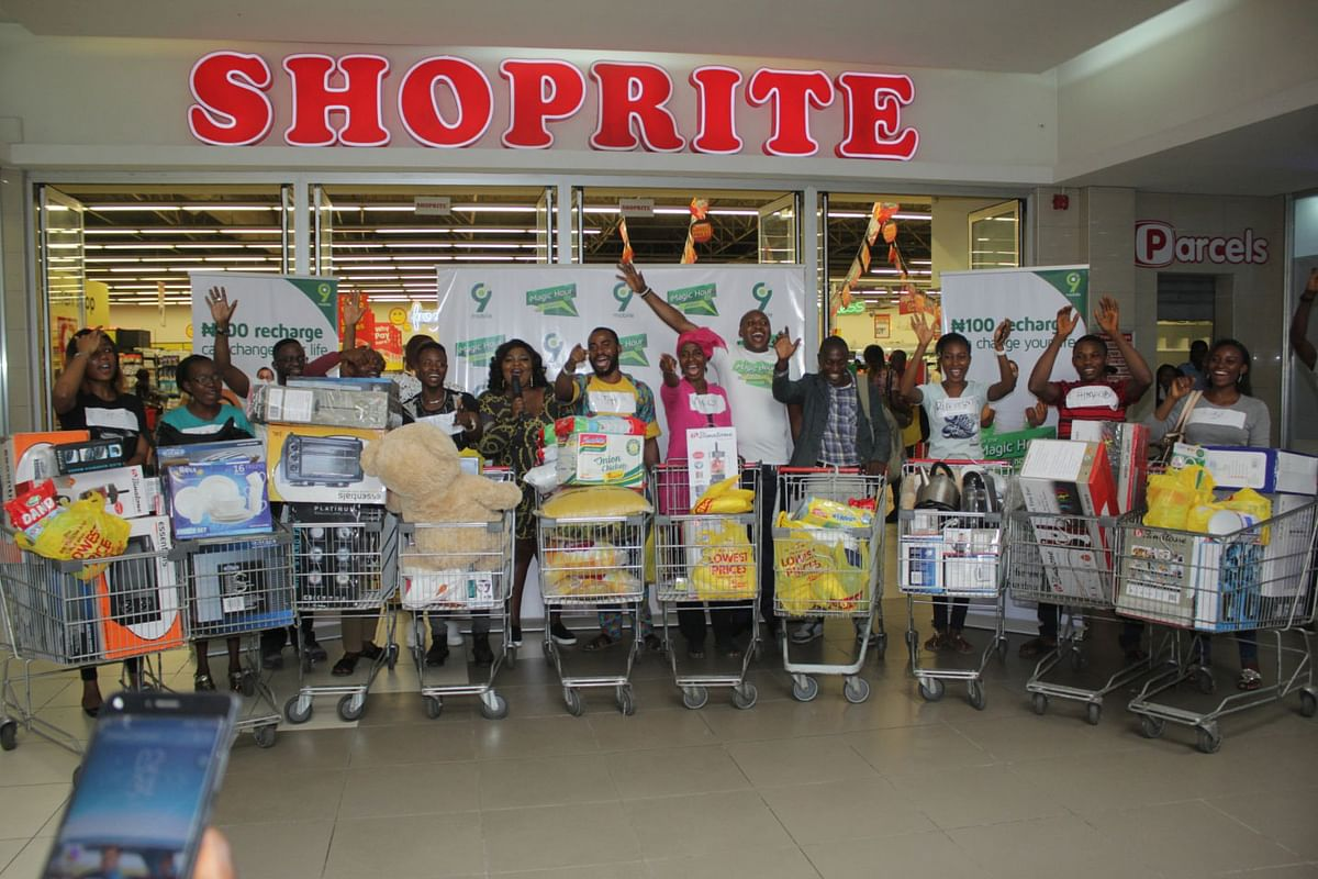 NANS Shuts Down Shoprite Mall In Ogun State To Protest Xenophobia