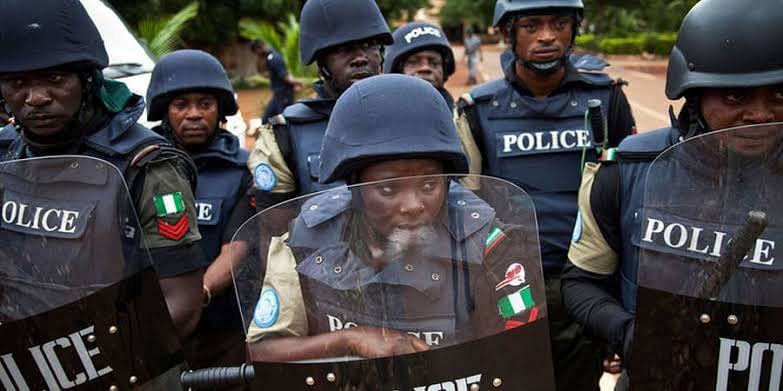 Policemen Arrest Suspects For The Murder Of Two Enugu Catholic Priests