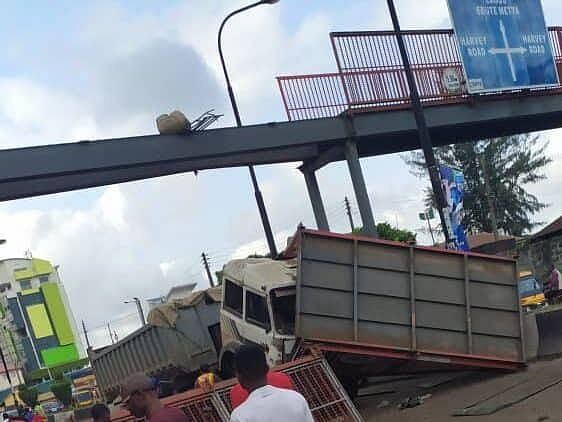 Tragedy Averted As Pedestrian Bridge Collapses In Lagos