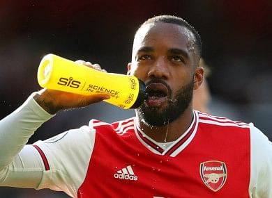 Lacazette To Return From Five-Week Injury Break