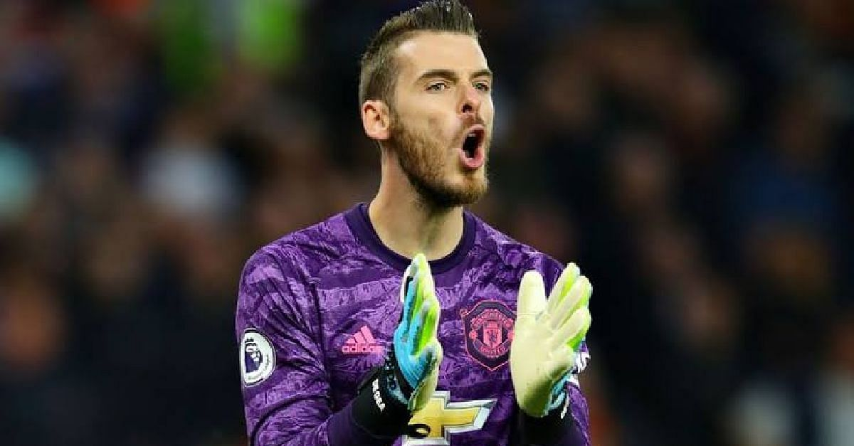 Man United Distracted By Linesman - De Gea