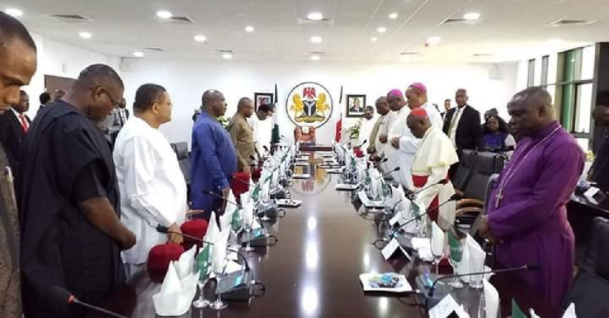 The governors during the meeting