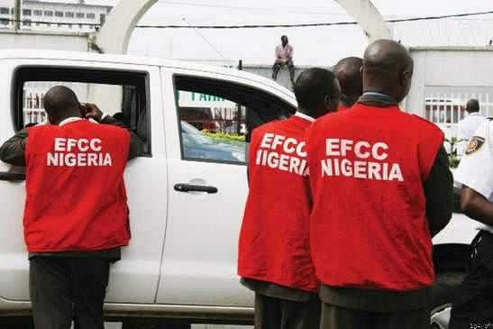 EFCC Arrests Five Ekiti Polytechnic Students For Internet Fraud