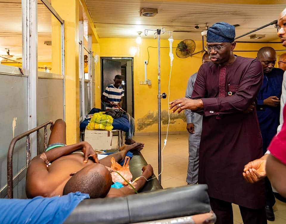 See Photos of Governor Sanwo-Olu's Unscheduled Visit To General Hospital, Marina, Lagos