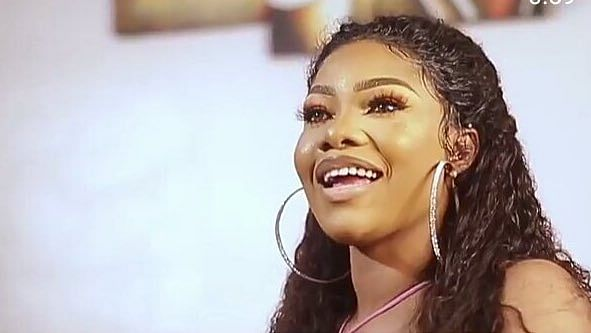 """Sorry For Falling Your Hands,"" Tacha Begs Her Fans In New Video"