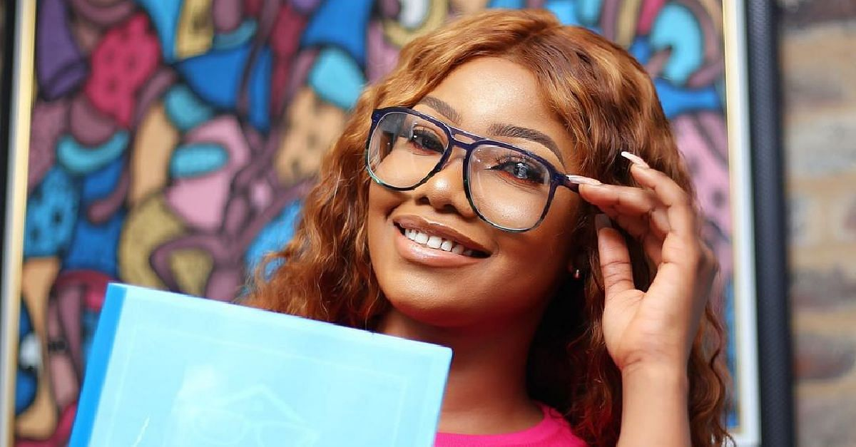 Tacha's Fans Unfollow House Of Lunettes En Masse On Instagram