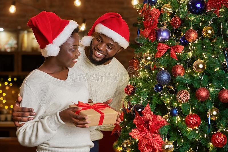 5 Ways To Manage Tension In Your Relationship This Festive Season