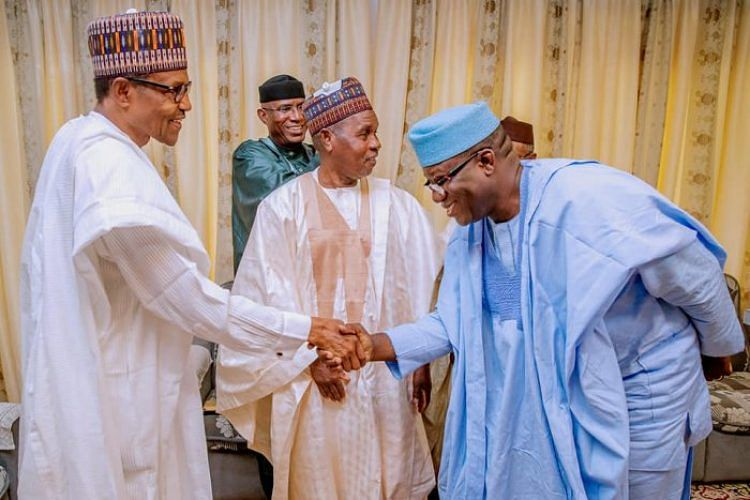 Buhari welcoming Fayemi and others into the Villa