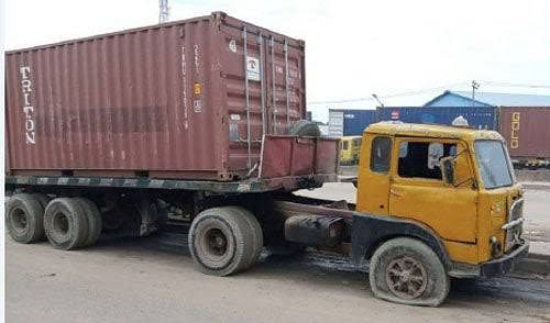 Truck Crushes Driver To Death On Lagos-abeokuta Expressway