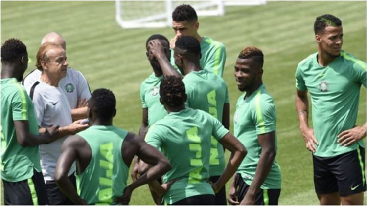 Gernot Rohr Makes U-turn On Decision Not To Invite New Players To The Super Eagles Team