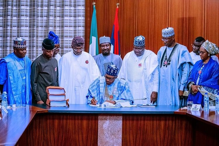 2020 Budget: Buhari Lauds Reps For Record-Time Accomplishment