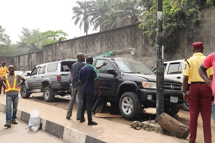 Ikoyi, Victoria Island Cleanup Begins, 36 Cars Impounded